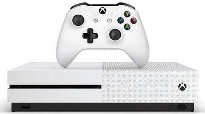 Новая консоль Xbox One Slim
