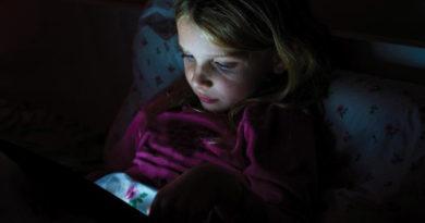 Как контролировать экранное время для детей на Android
